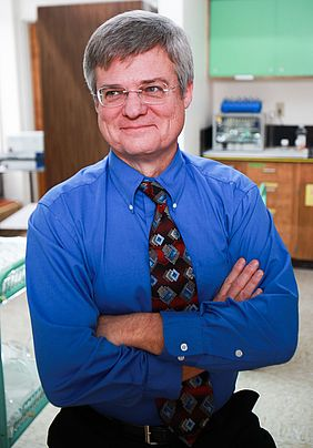 WWU biology professor, David Lindsey, has recently been published in the science journal eLife.