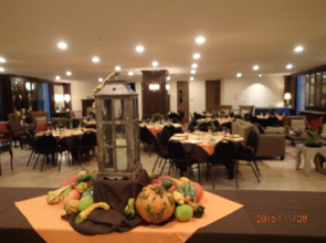 Autumn dinner setup in alumni center downstairs on 11/08/2015 (enlarge