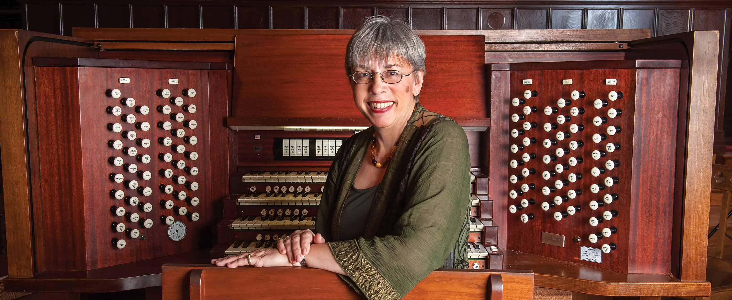 Gail Archer organ